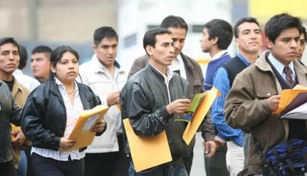 Consejos para conseguir un buen empleo a recién egresados de universidad