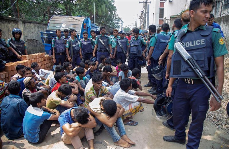 100 Muertos y 9.000 detenidos en mega operacion antidrogas en Bangladesh