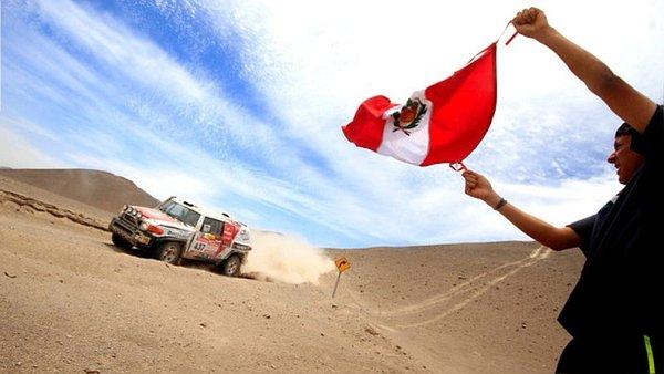 """VIDEO. Perú celebra la """"gran noticia"""" del primer Dakar """"100% peruano"""""""