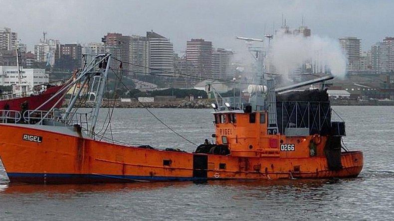 Madre denuncia que el buque perdido en Chubut estaba roto