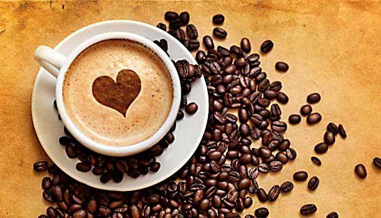 Tomar 4 tasas de cafe al día proteje tu corazón de un Infarto