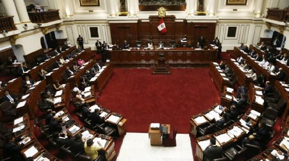 Bancada Fujimorista quiere reescribir historia escolar con nuevo proyecto de Ley.
