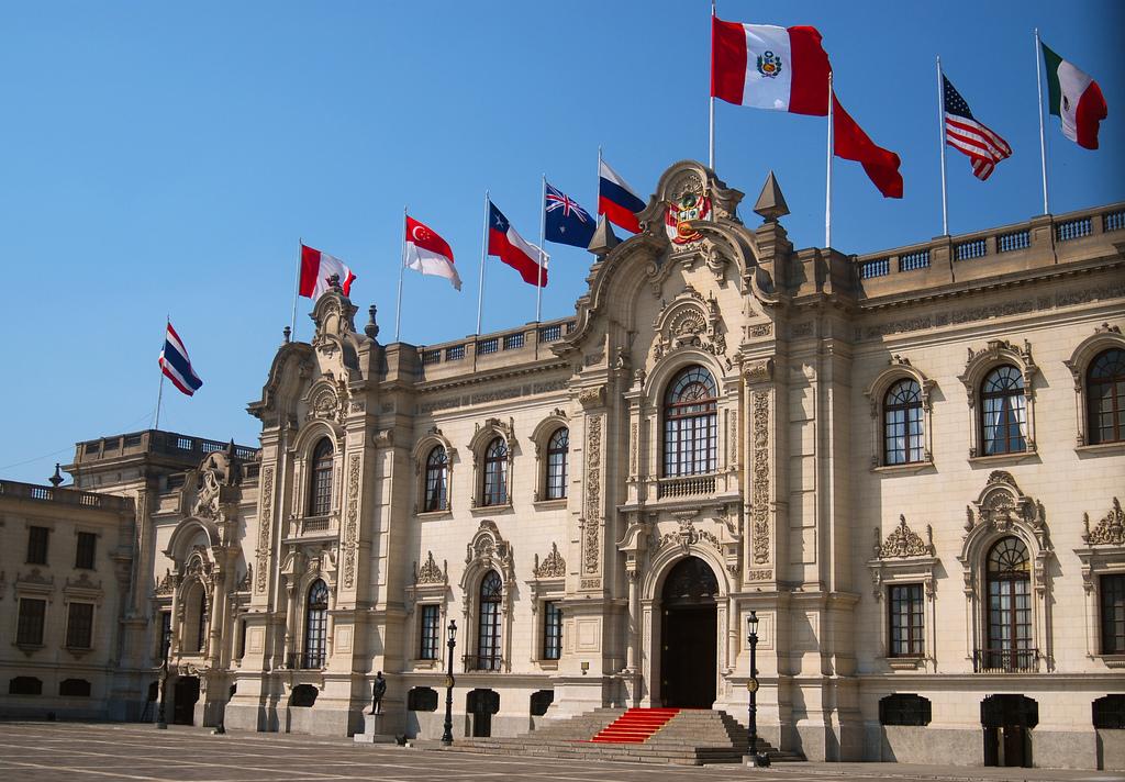 Gobierno peruano responde a la demanda contra la publicidad estatal