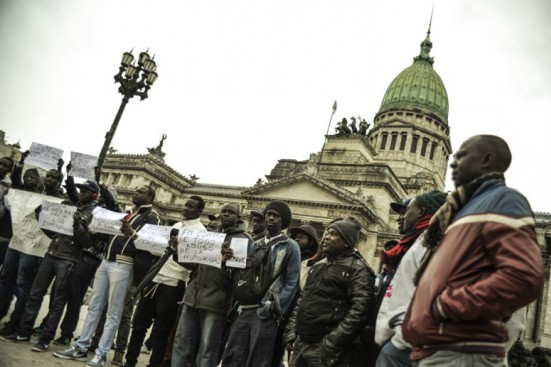 Senegaleses en Argentina, ¿víctimas de persecución o mafiosos?