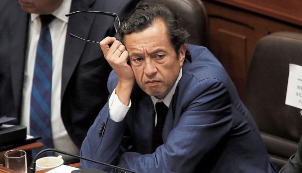 Expertos analizan la situación de desencuentros en el gobierno. Perú