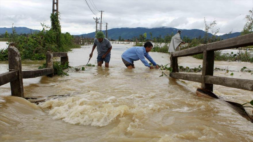 Al menos 14 personas fallecen tras intensas lluvias en Vietnam