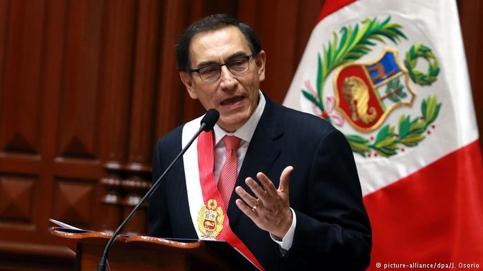 Presidente Vizcarra realiza un convenio con el fin de que se transmitan los partidos del mundial en la televisión peruana
