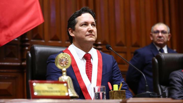Daniel Salaverry renunció a la bancada de Fuerza Popular