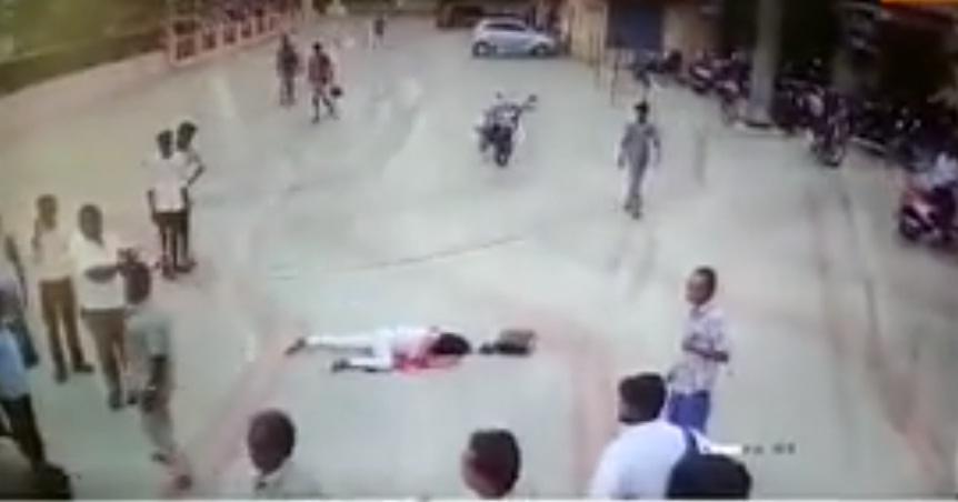 Hombre asesina a su exmujer a punta de machetazos a plena luz del día