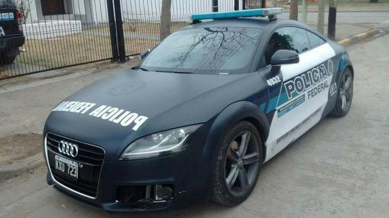 Policía Federal de Argentina anexa a sus filas lujosos autos recuperados del narcotráfico