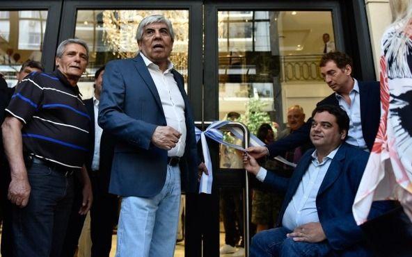 Justicia decreta el embargo a camioneros y lo aumenta a más de 1000 USD. Argentina
