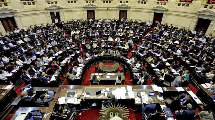 Sigue el debate por la legalización del aborto en el senado argentino