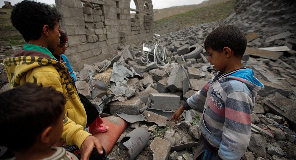Régimen Saudí denunciado por la Unicef por masacre de 2200 niños en Yemen