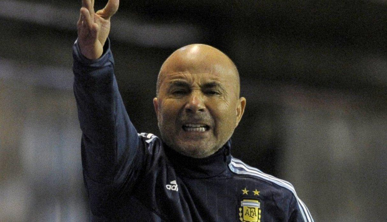 Sampaoli regresó a Argentina triste y sin dar declaraciones tras el Mundial