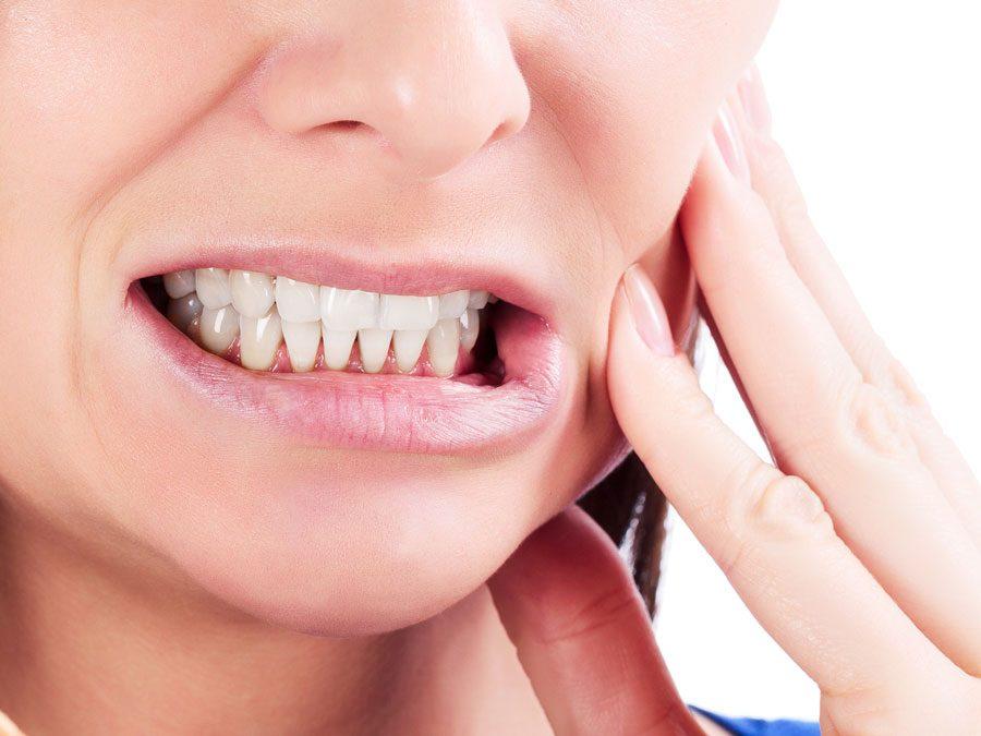 Estos son los sintomas y tratamientos que debes utilizar para los dientes sencibles
