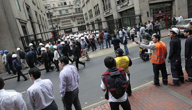 Un fuerte y alarmante sismo de magnitud 4.2 se registró en Lima esta mañana