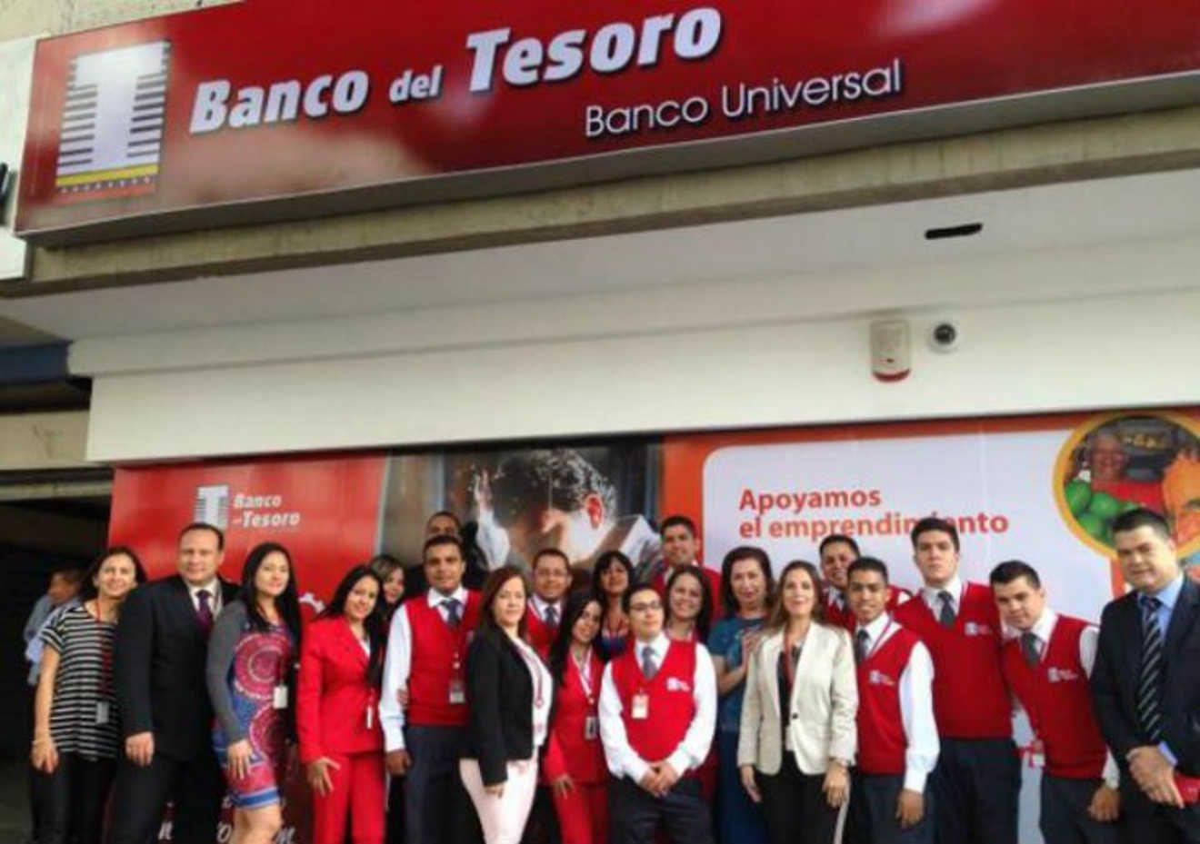 En Venezuela el Banco del Tesoro declaro que ya esta distribuido el nuevo cono monetario en todos sus bancos