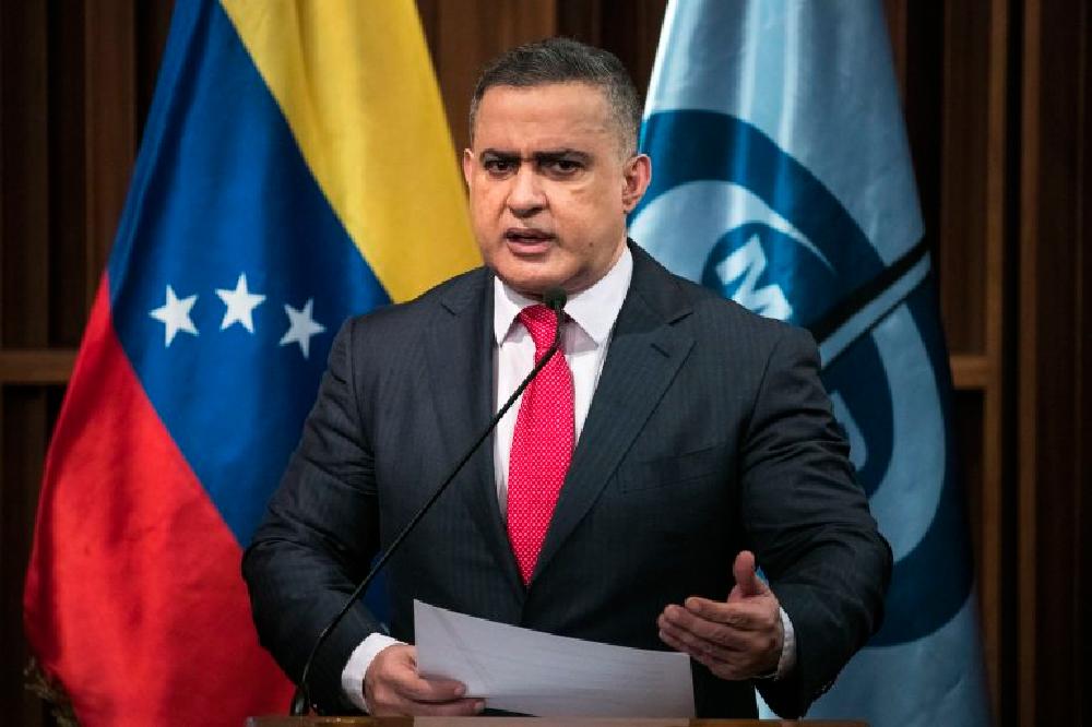 El fiscal venezolano afirma que ya se identificaron los autores de los atentados contra Maduro