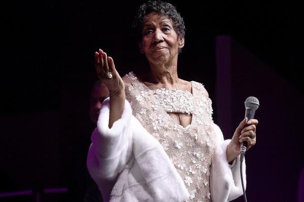 'Muere la reina del Soul' A sus 76 años pierde la batalla la cantante Aretha Franklin