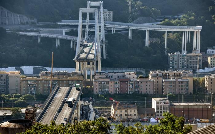 Chilenos  entran en lista de muertos del puente en Génova