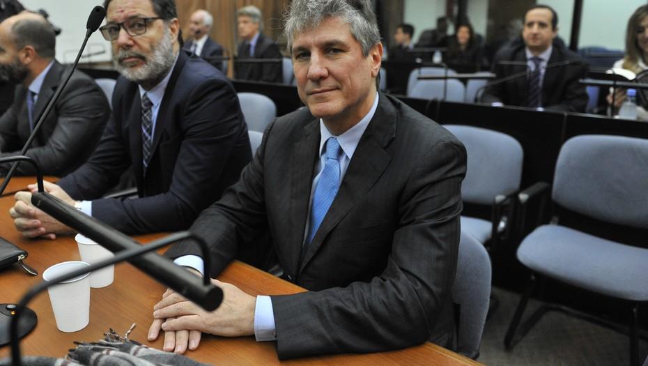 Exvicepresidente argentino Amado Boudou es condenado a 5 años y 10 meses de prisión