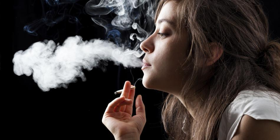 Después que empiezas a fumar: Hacerlo y dejar de hacerlo te puede destruir de maneras similares