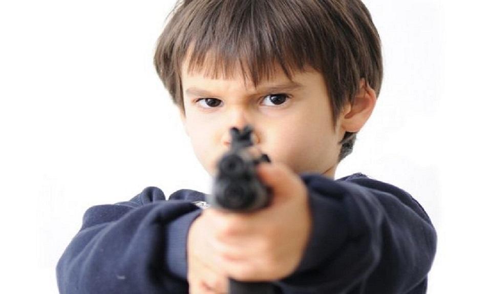 Niño de cuatro años se pega un tiro con revólver en Uruguay