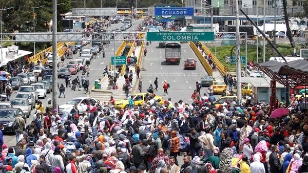 VIDEO. Ecuador exigirá pasaporte a venezolanos a partir de este sábado