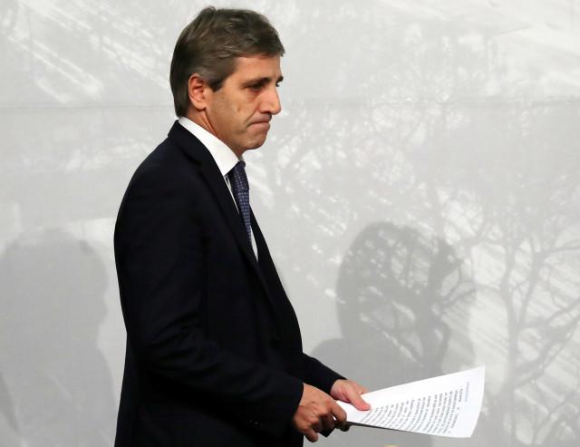 Argentina. Luis Caputo huye del desastre económico renunciando a la presidencia del Banco Central