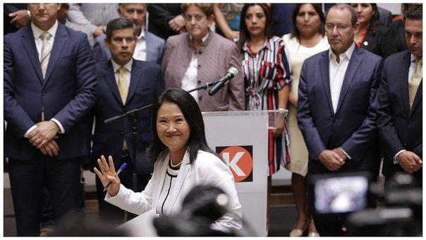 """Perú: Keiko impone una falsa fachada para encubrir a """"Cuellos Blancos"""""""