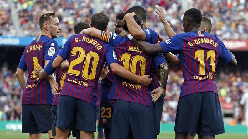 Barcelona se va hasta el primer lugar de la liga con una espectacular goleada
