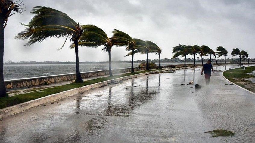 República Dominicana se prepara para el paso del huracán Isaac
