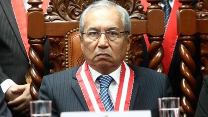Perú: Vizcarra desestima la injustificada decisión de los congresistas ante la demanda sobre Chávarry