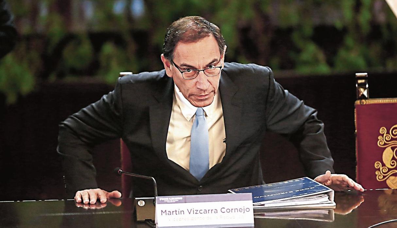 Perú: Encuesta revela que el presidente Martín Vizcarra es el hombre más poderoso