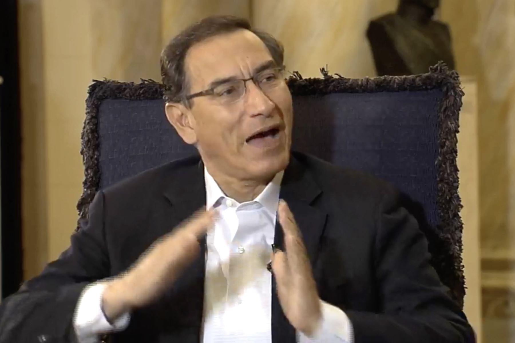 Perú. Vizcarra discute el aumento para la investigación y desarrollo nacional