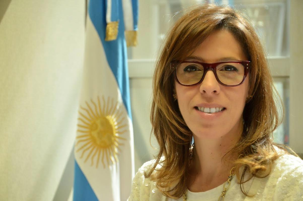 Argentina. Laura Alonso se niega a hablar de los casos que enfrenta el presidente Macri