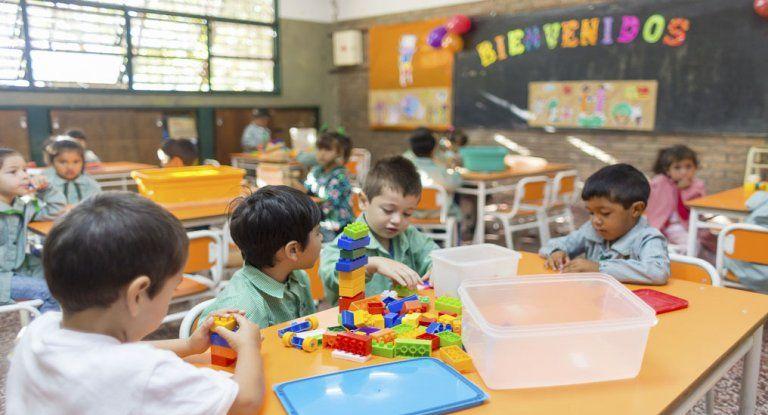 Argentina: De manera decreciente se pierden las vacantes para el sector de educación inicial