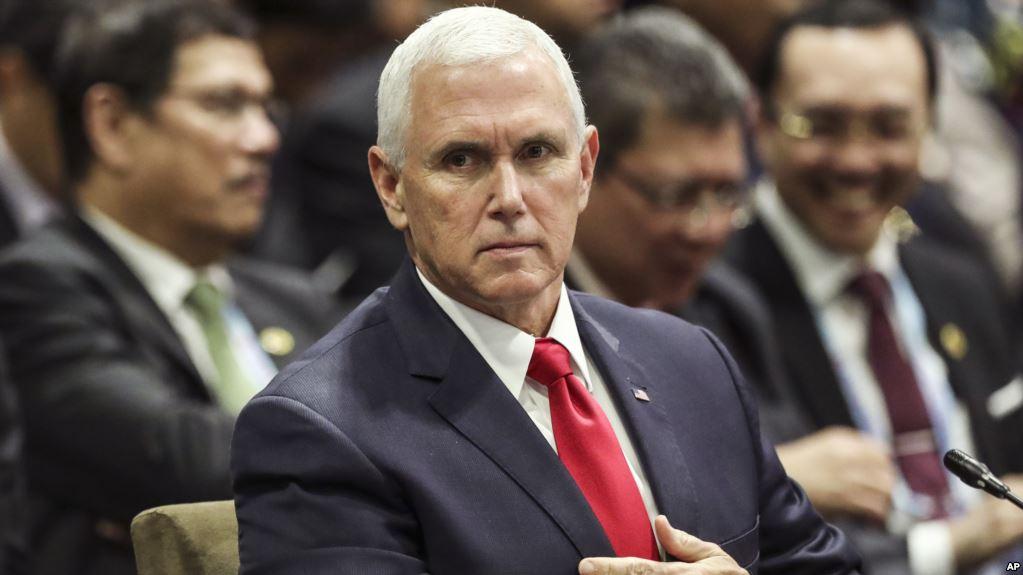 """Vicepresidente de EEUU amenaza a China con """"muchos más aranceles"""" si no cambia su política"""