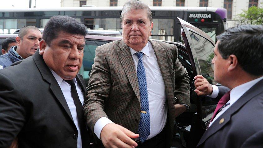 Perú: Justicia decidirá si el expresidente alan García podrá salir del país o no
