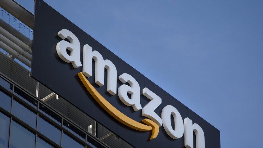 Amazon y Apple realizan un acuerdo para vender iPad e iPhone