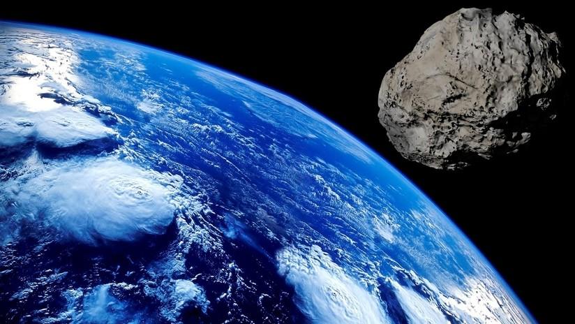 Espantoso asteroide amenaza con impactar la tierra y acabar con todos