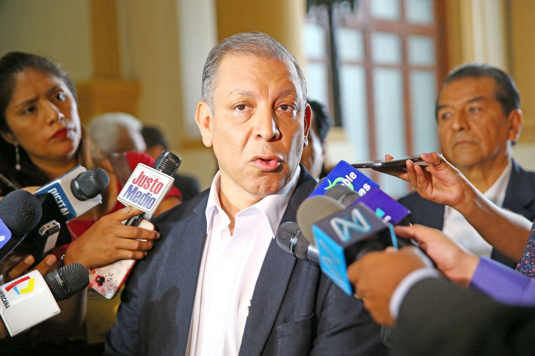 Congresistas exponen en Uruguay argumentos contra asilo de Alan García
