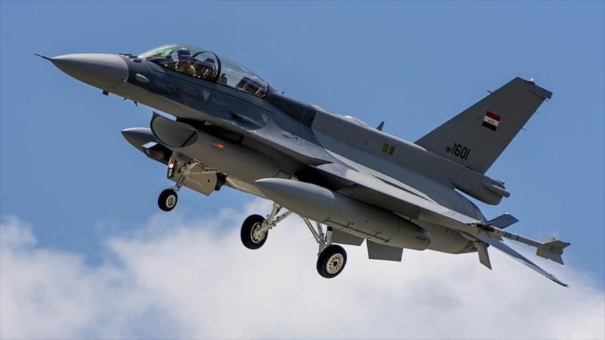 Irak lanza un fuerte ataque aéreo contra posiciones de Daesh en Siria