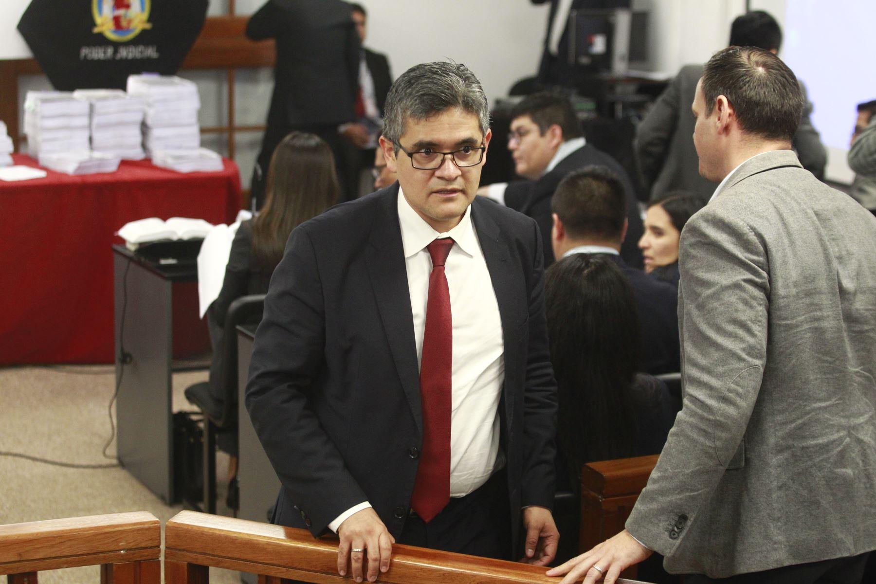 Perú: Fiscal Pérez pide reflexión sobre la continuidad del corrupto Pedro Chávarry