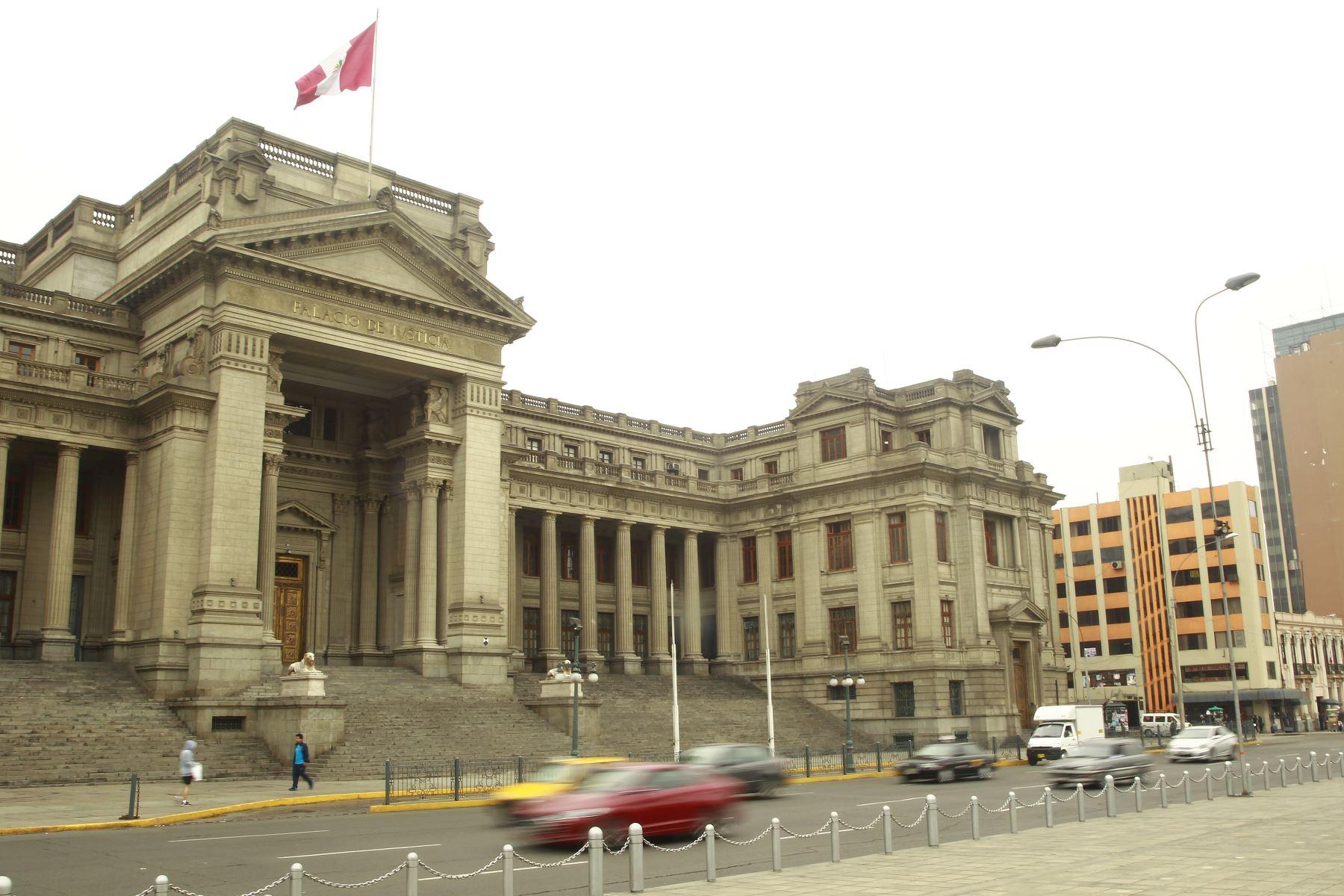 Perú: Oficializan nueva escala salarial para trabajadores judiciales