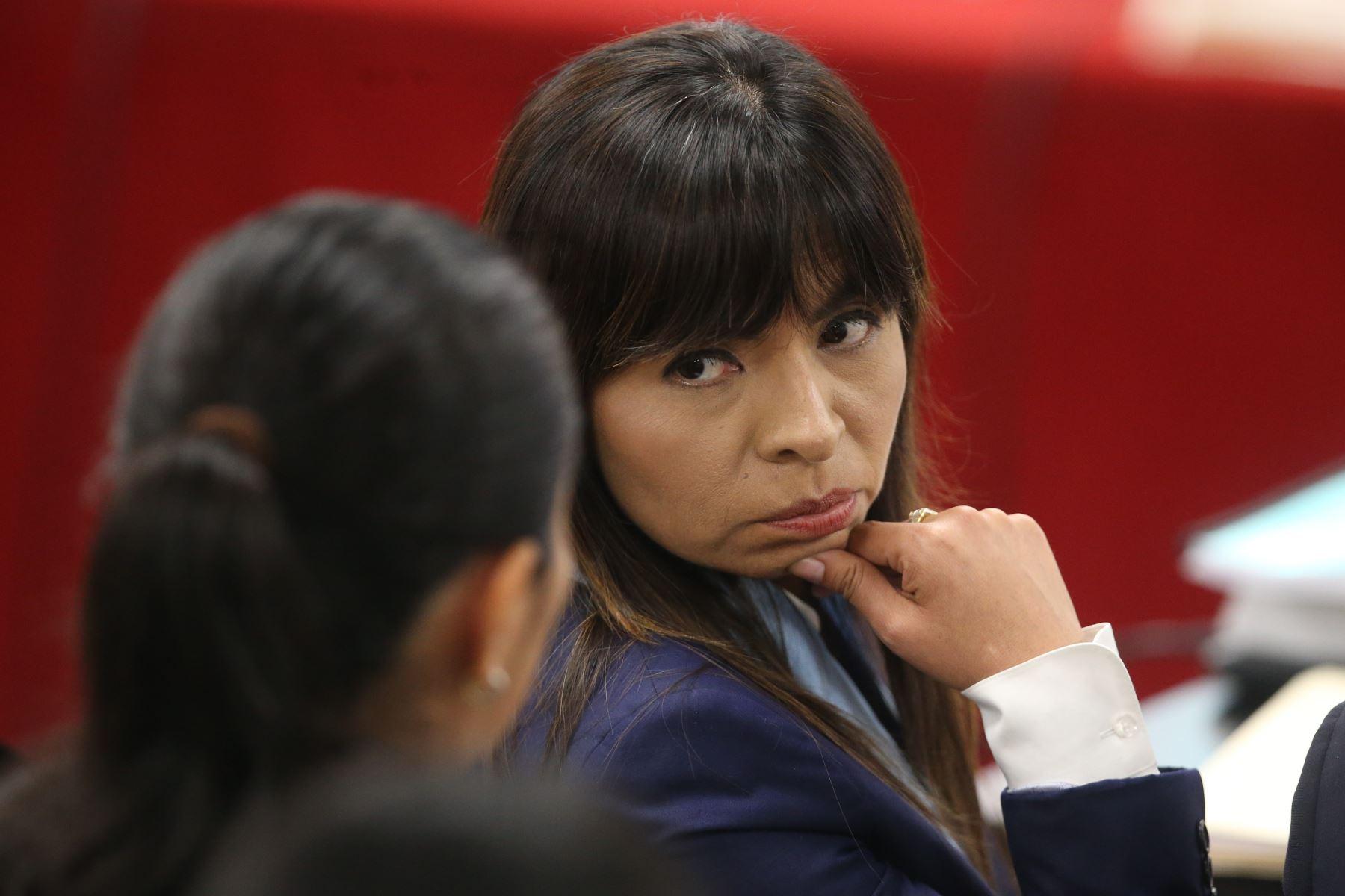 Perú: Loza culpa al juez Carhuancho de no respetar pautas del TC sobre prisión preventiva