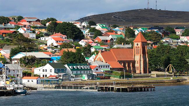Argentina acuerda con el Reino Unido vuelos a las Islas Malvinas desde Brasil