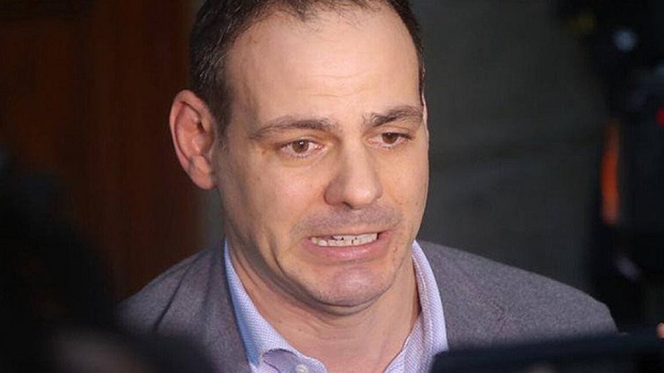 'Más corruptos cayendo': ordenan el impedimento de salida del país a Mark Vito Villanella