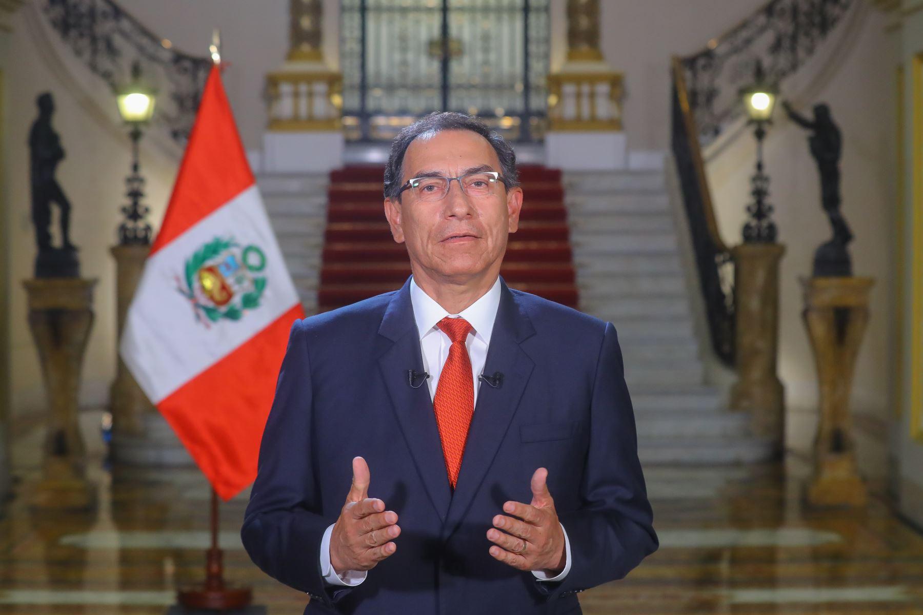 Perú: Congreso autoriza viaje del presidente Vizcarra a Chile