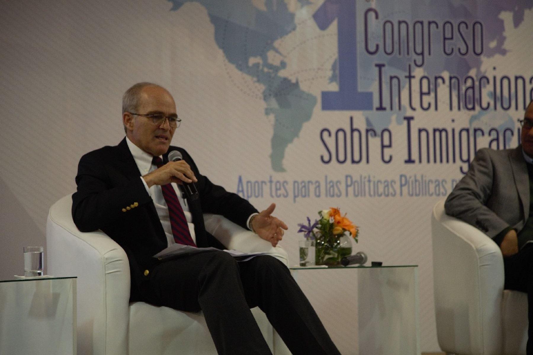 """Roque Benavides denuncia """"campaña de destrucción"""" contra el empresariado"""